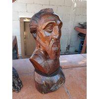 Busto de Don Quijote tallado a mano